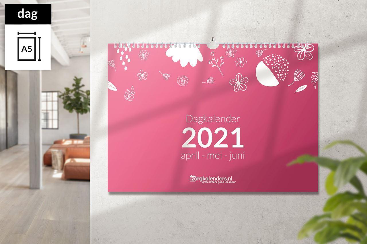 Afbeelding van Dagkalender A5 liggend met ophang haak (2021)